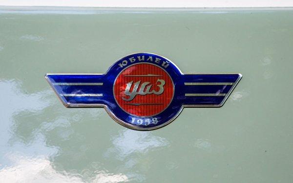 УАЗ показал юбилейную версию легендарной «Буханки»