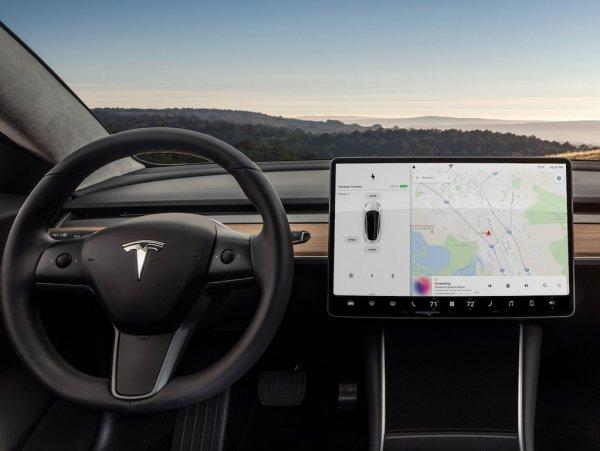Tesla сделает из Model 3 конкурента BMW M3