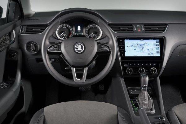 Универсал Skoda Octavia Combi в РФ подорожал в августе на 24 – 28 тыс. рублей