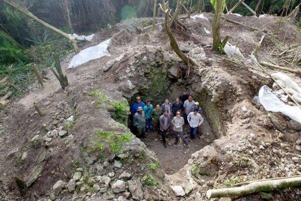 Американские археологи обнаружили в Белизе порталы майя в «подземный мир»
