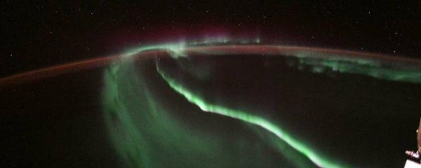 NASA удалось запечатлеть северное сияние из МКС