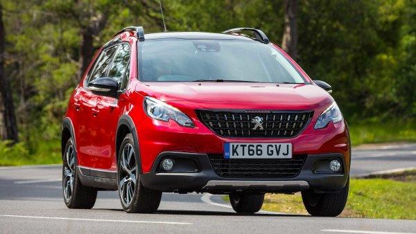 В сети появились свежие подробности о кроссовере Peugeot 2008 нового поколения