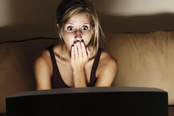 Смотрим, боимся и худеем: Британские ученые подсказали, как худеть, не вставая с дивана