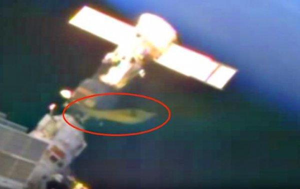 Пришельцы добрались до МКС: Камера зафиксировала огромный желтый НЛО - уфологи
