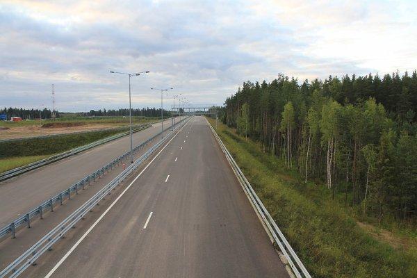 «Быть начеку»: Автоледи рассказала в сети о «приключениях» на новом участке М11