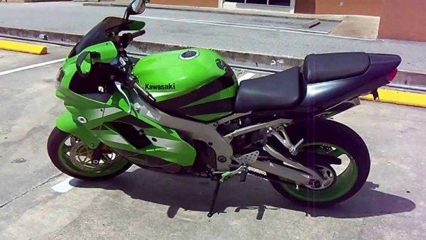 «Обогнать невозможно»: Байкер рассказал в сети об ужасной поездке по М4 «Дон» на мотоцикле