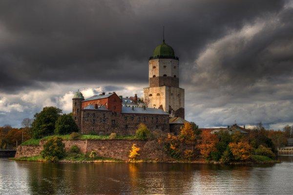 В Выборгском замке нашли кирпич настольной игры XVI столетия