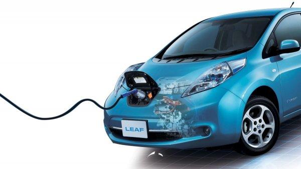 Электрокар Nissan Leaf второго поколения получил ОТТС для России