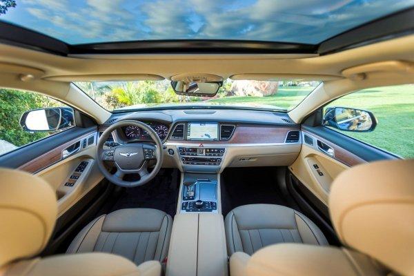 Обновленный седан Genesis G80 засняли на тестах в Германии