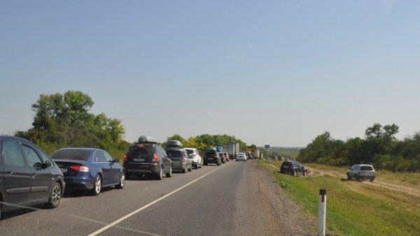Наполовину мошенничество: Гаишники на М4 «Дон» устраивают пробки и наживаются на водителях - соцсети