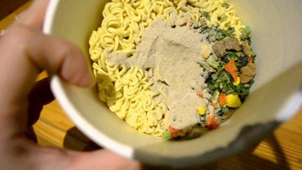 Жители России могут отказаться от пищи быстрого приготовления