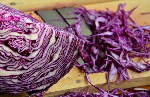 Красная капуста предотвращает развитие болезни Альцгеймера