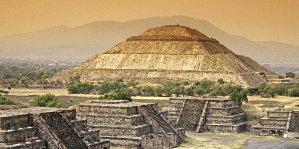 Древний алтарь рассказал археологам о своих «играх престолов» у майя