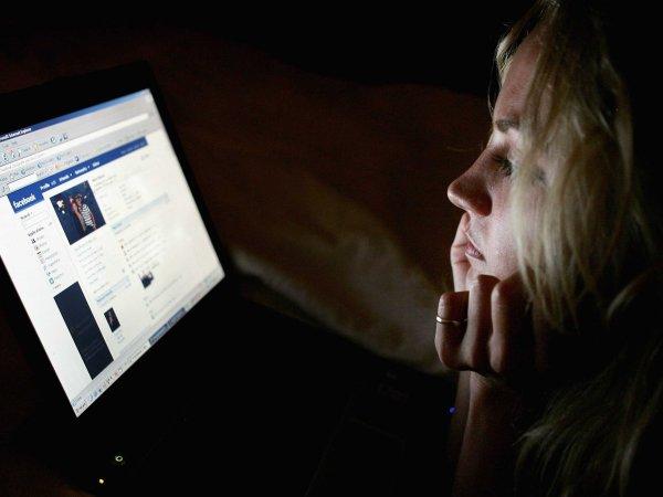 Посты пользователей Facebook предсказывали депрессию
