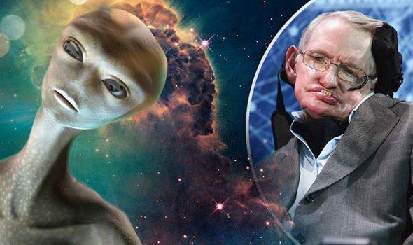 Стивен Хокинг в последней книге предупредил людей не искать пришельцев