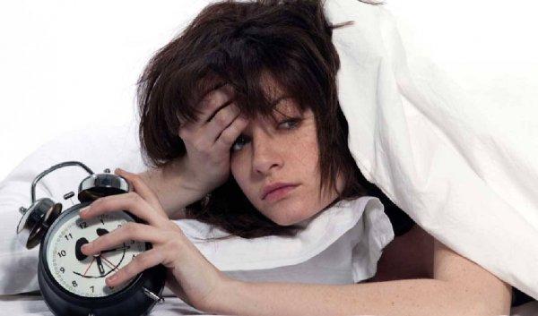 Ученые нашли связь между нехваткой сна и обезвоживанием