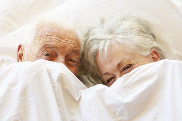 После 60 нужно заниматься сексом – учёные Королевского колледжа