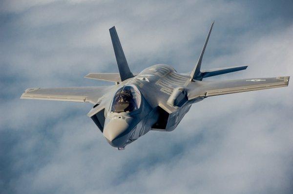 Истребитель F-35 будет оборудован лазерной пушкой