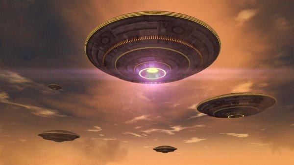 Гуманоиды предсказали Апокалипсис: В США очевидцы заметили двенадцать НЛО