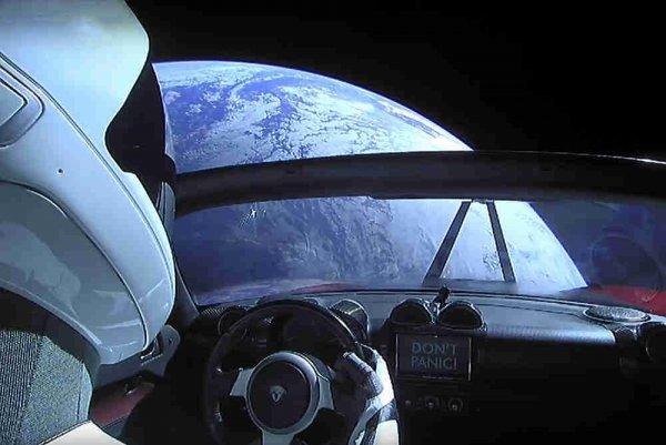 «Космический тормоз Маск»: Илон стал автором очередного курьёза на орбите