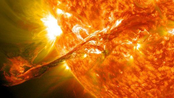 На Солнце произошёл мощный взрыв. Как аномальные бури повлияют на здоровье человечества?