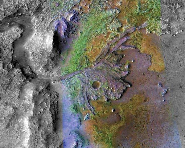 Глист-Заразитель: На Марсе обнаружена нора космического «гельминта»